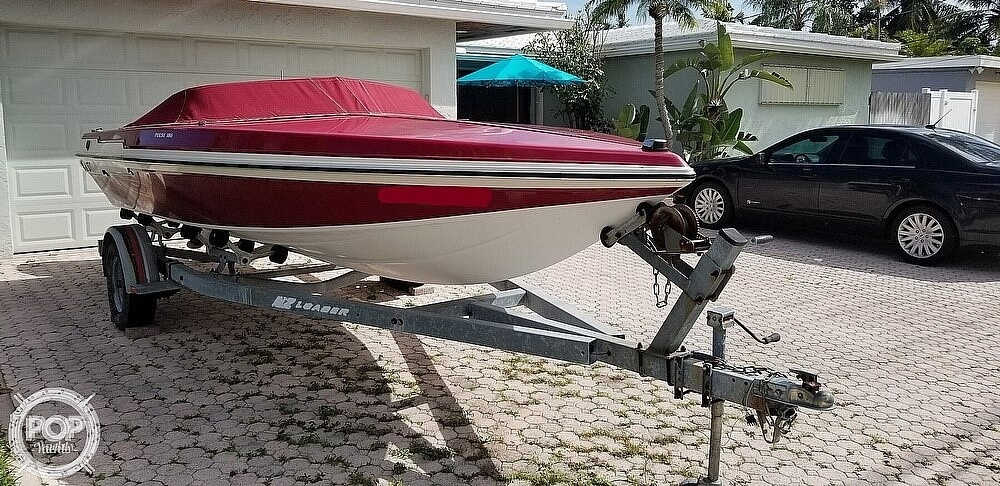 1990 Checkmate boat for sale, model of the boat is Pulse 186 & Image # 3 of 40