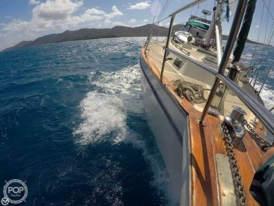 Island Packet 38 Cutter, 38, for sale - $89,999