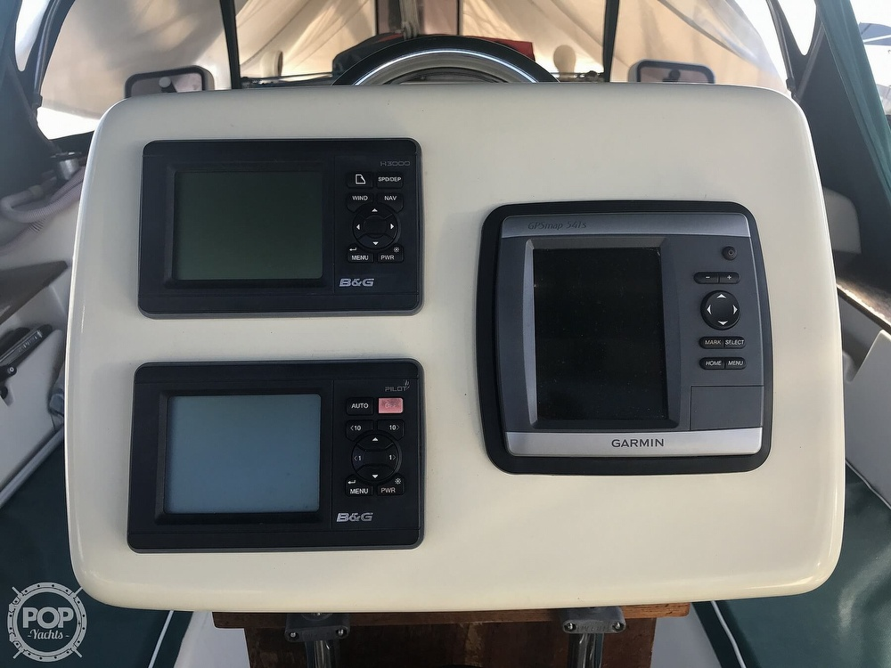 1990 Island Packet boat for sale, model of the boat is 38 Cutter & Image # 28 of 40