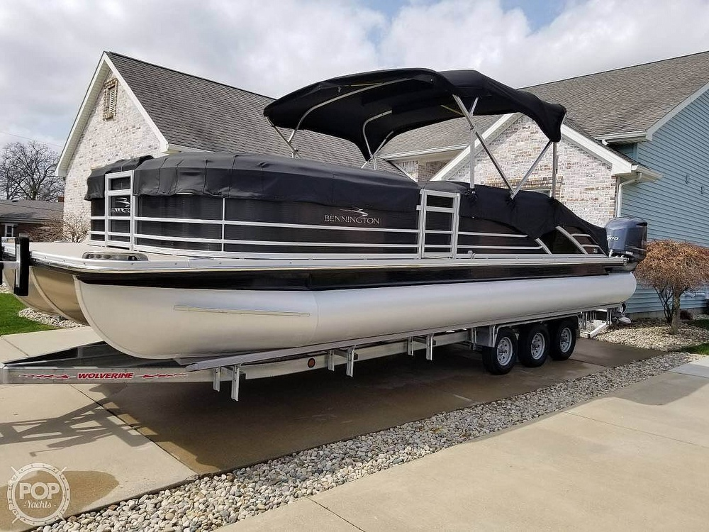 2017 Bennington boat for sale, model of the boat is 27 RSB X2 & Image # 27 of 36