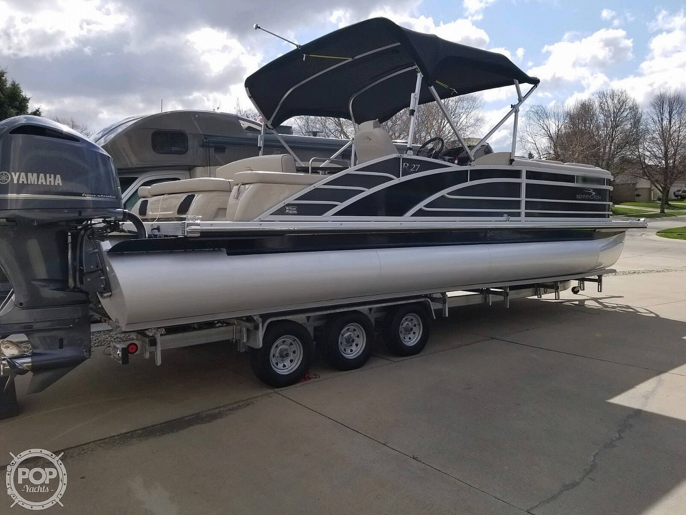 2017 Bennington boat for sale, model of the boat is 27 RSB X2 & Image # 2 of 36