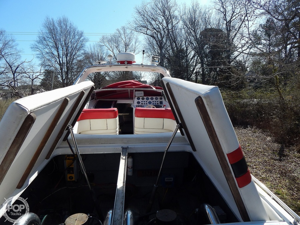 1986 Chris Craft boat for sale, model of the boat is 415 Stinger & Image # 39 of 40