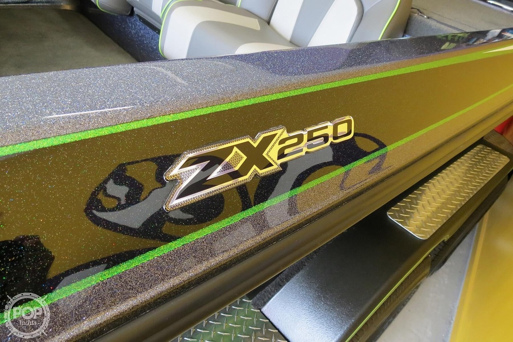 2019 Skeeter boat for sale, model of the boat is Zx250 & Image # 21 of 40