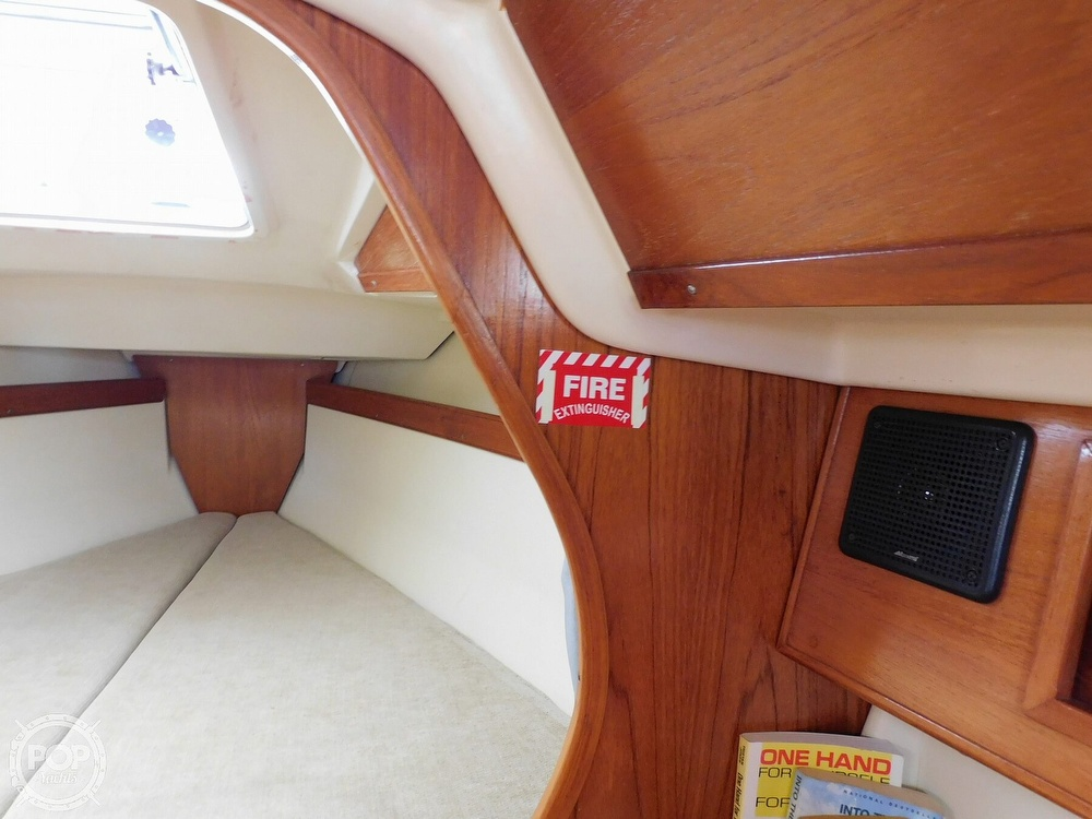 1987 Pearson boat for sale, model of the boat is 28-2 & Image # 7 of 25