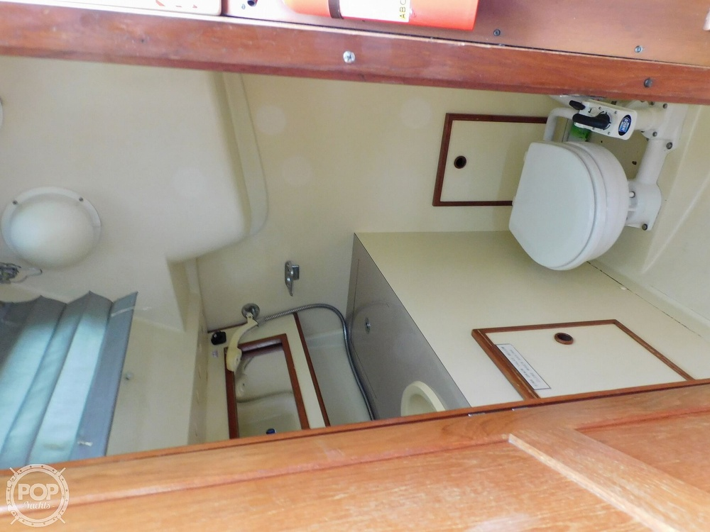 1987 Pearson boat for sale, model of the boat is 28-2 & Image # 16 of 25
