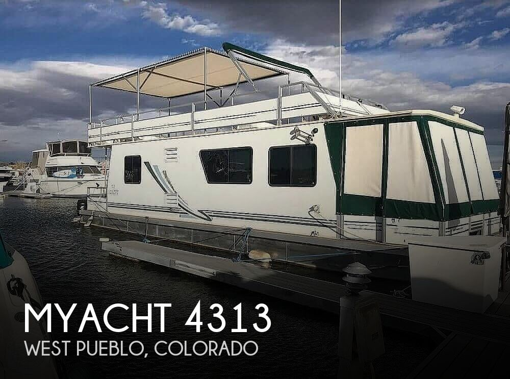 Used Houseboats For Sale in Colorado by owner | 2005 Myacht 4315