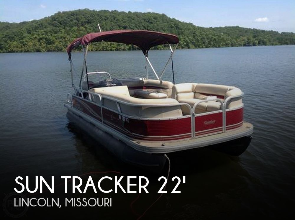 Used Pontoon Boats For Sale in Missouri by owner | 2012 Sun Tracker 25