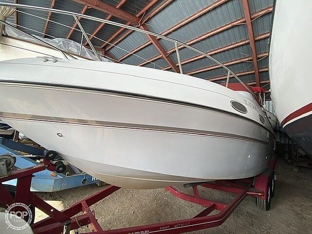 1999 Four Winns boat for sale, model of the boat is 258 Vista Pocket Cruiser & Image # 8 of 20