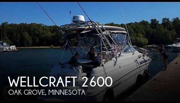 2002 Wellcraft boat for sale, model of the boat is 2600 Martinique & Image # 1 of 13
