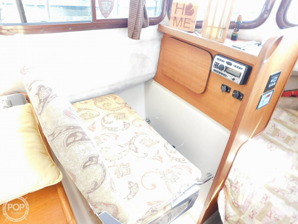 2009 Ranger Tugs boat for sale, model of the boat is RC 25 & Image # 10 of 40