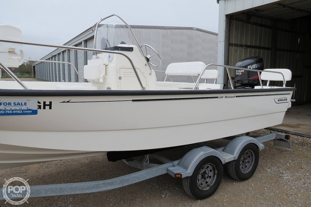 2015 Boston Whaler boat for sale, model of the boat is 190 Montauk & Image # 7 of 40