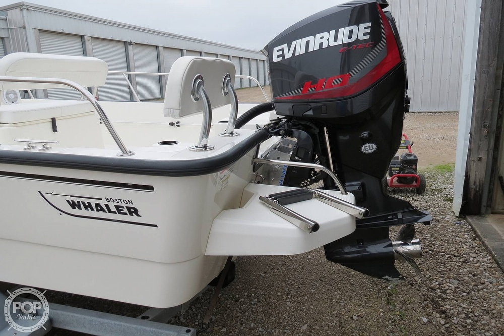 2015 Boston Whaler boat for sale, model of the boat is 190 Montauk & Image # 9 of 41