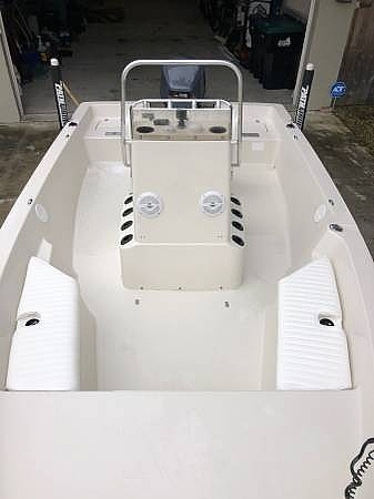 2000 Pathfinder boat for sale, model of the boat is 1900 & Image # 8 of 26