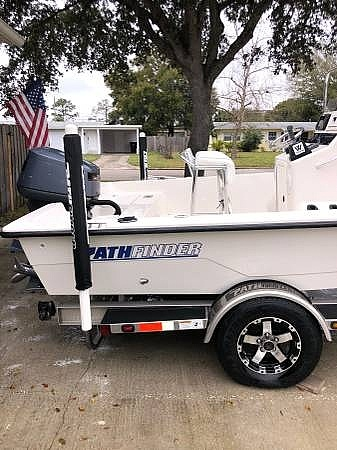 2000 Pathfinder boat for sale, model of the boat is 1900 & Image # 15 of 26