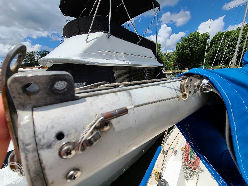 1986 Catalina Yachts boat for sale, model of the boat is 27 & Image # 40 of 40