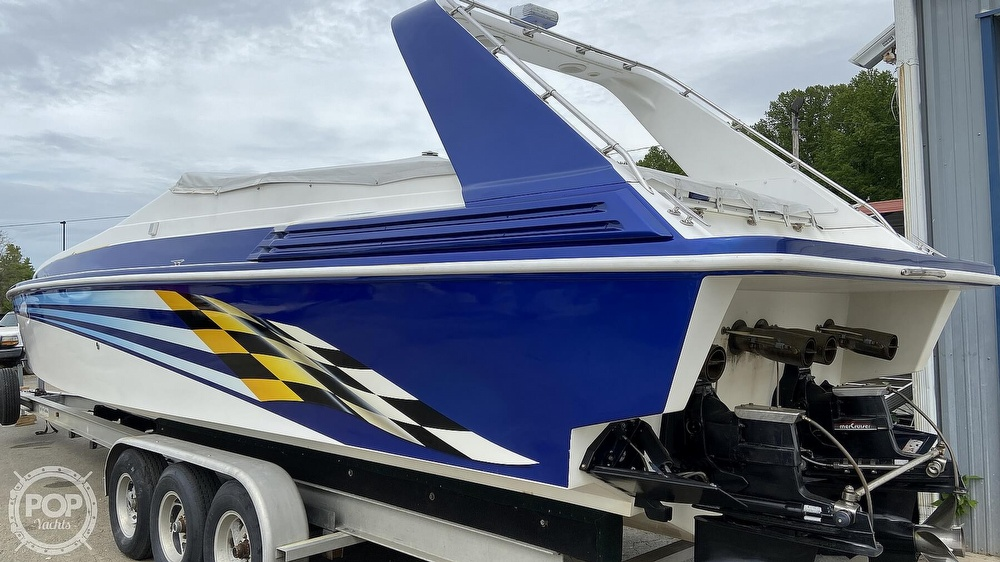1999 Sonic boat for sale, model of the boat is 42 SS & Image # 4 of 20
