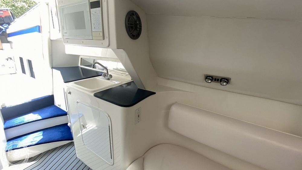 1999 Sonic boat for sale, model of the boat is 42 SS & Image # 19 of 20