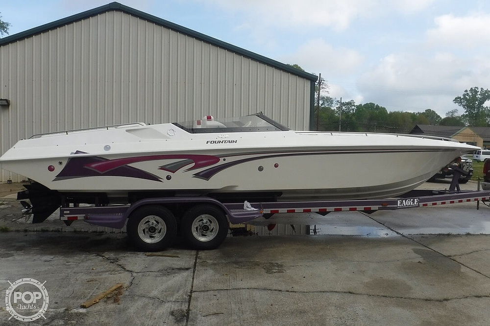 1998 Fountain boat for sale, model of the boat is 32 Fever & Image # 6 of 41