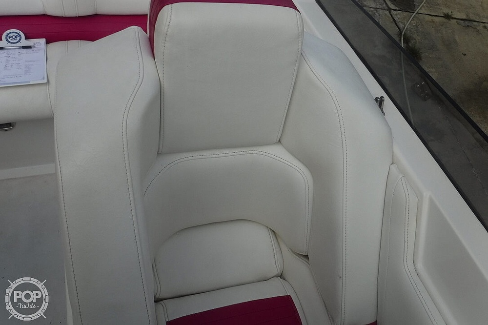 1998 Fountain boat for sale, model of the boat is 32 Fever & Image # 20 of 40