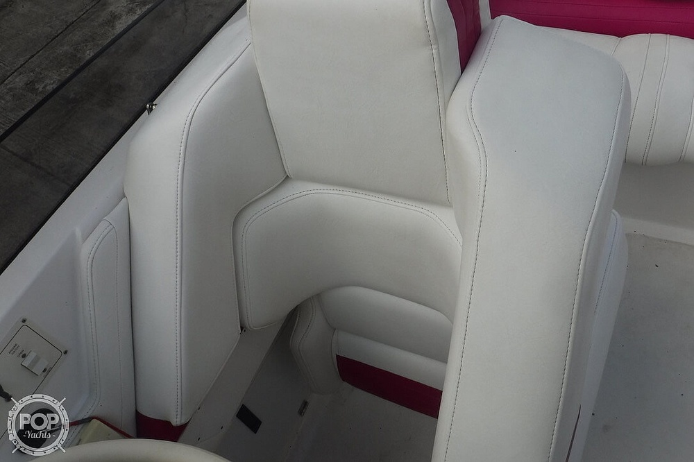 1998 Fountain boat for sale, model of the boat is 32 Fever & Image # 21 of 40