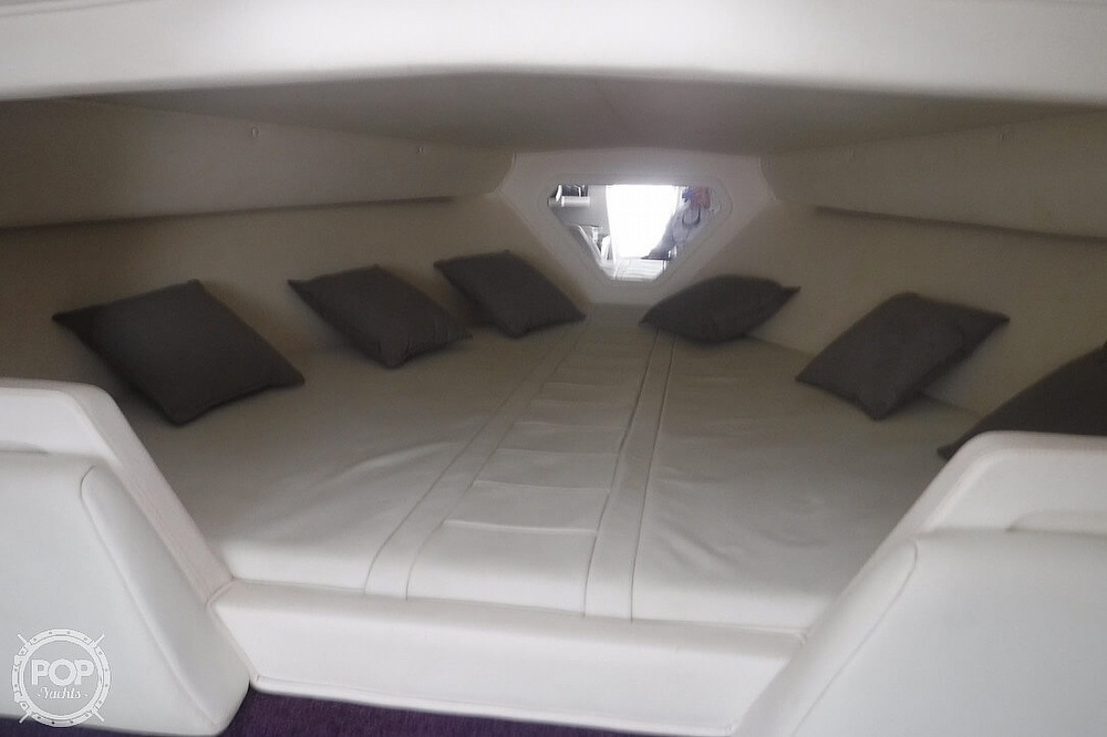 1998 Fountain boat for sale, model of the boat is 32 Fever & Image # 23 of 41