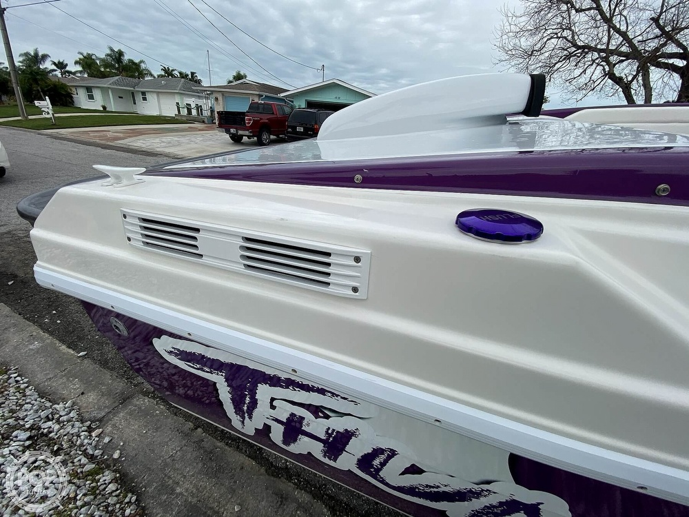 1996 Active Thunder boat for sale, model of the boat is 24 Tantrum & Image # 36 of 41
