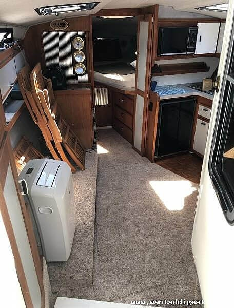 1987 Cruisers Yachts boat for sale, model of the boat is 336 Ultra Vee & Image # 4 of 11