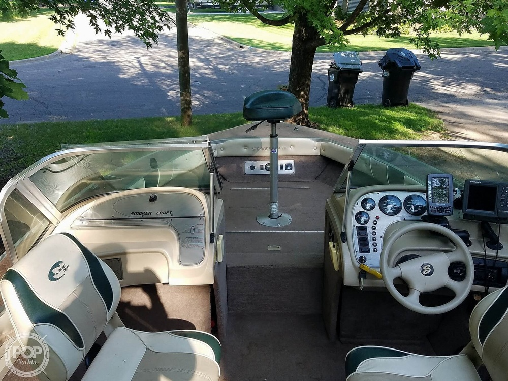 1998 Smoker Craft boat for sale, model of the boat is 18 & Image # 5 of 17