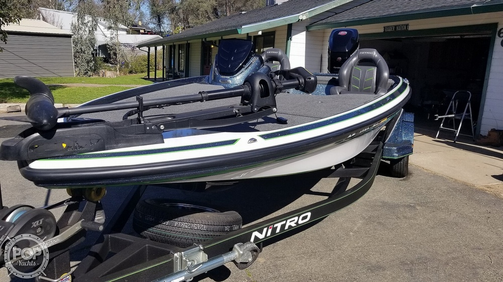 2017 Nitro boat for sale, model of the boat is Z20 & Image # 2 of 40