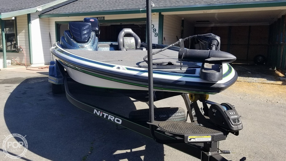 2017 Nitro boat for sale, model of the boat is Z20 & Image # 22 of 40