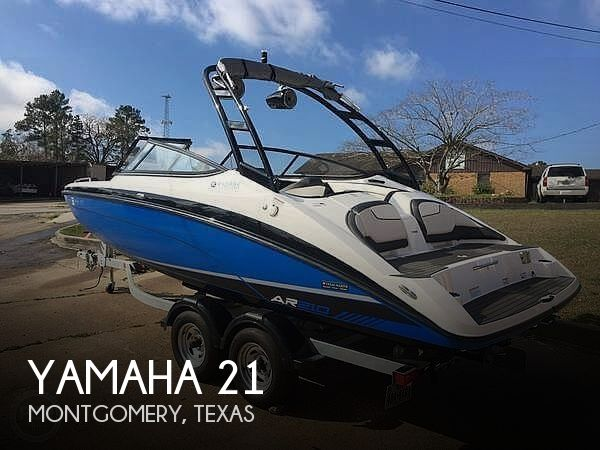Used Yamaha Boats For Sale in Texas by owner | 2017 Yamaha 21