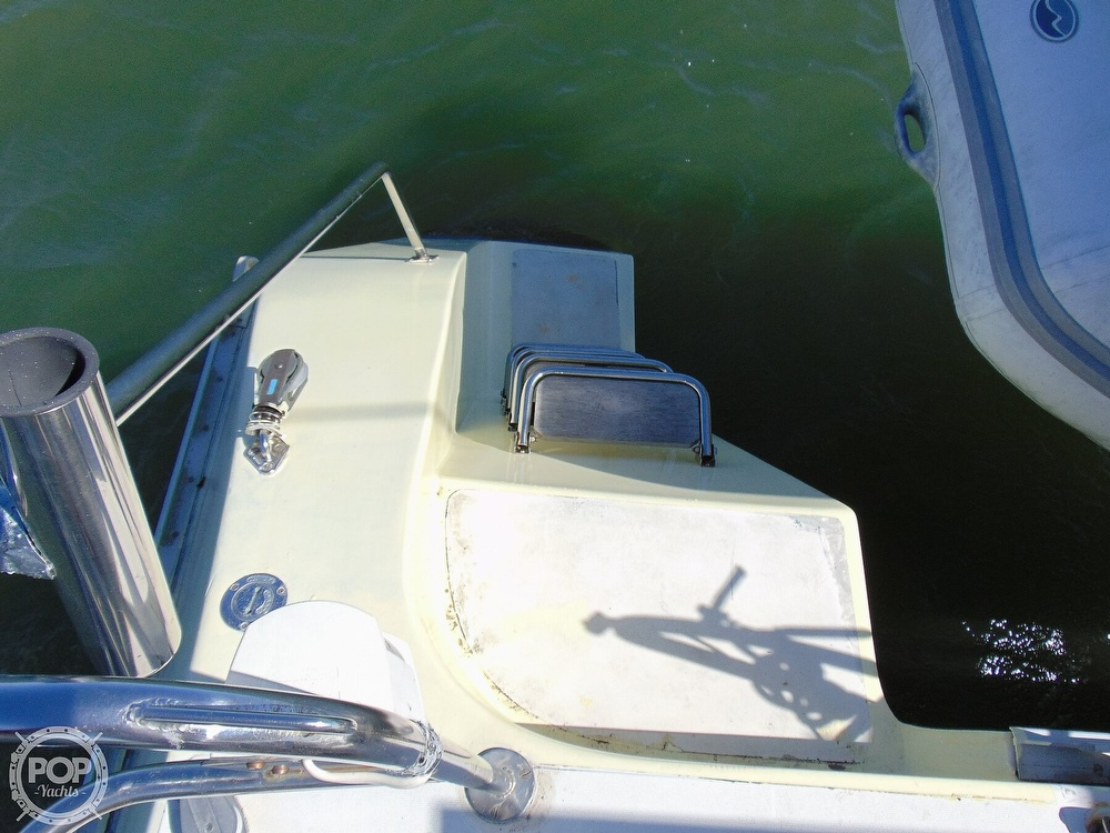 1992 Catana boat for sale, model of the boat is 40S & Image # 26 of 40