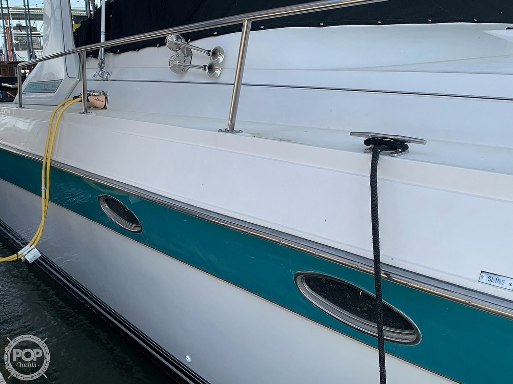 1991 Regal boat for sale, model of the boat is Commodore 360 & Image # 4 of 40