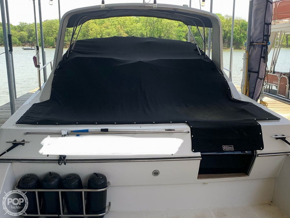 1991 Regal boat for sale, model of the boat is Commodore 360 & Image # 15 of 40