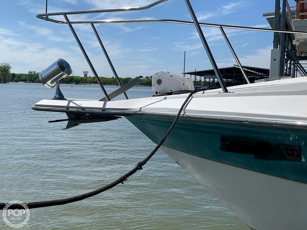 1991 Regal boat for sale, model of the boat is Commodore 360 & Image # 16 of 40