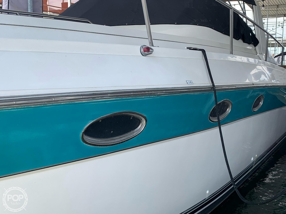 1991 Regal boat for sale, model of the boat is Commodore 360 & Image # 19 of 40