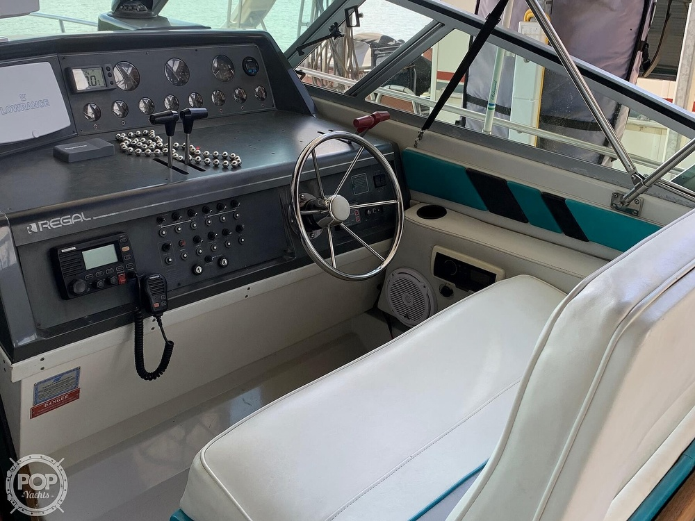 1991 Regal boat for sale, model of the boat is Commodore 360 & Image # 39 of 40