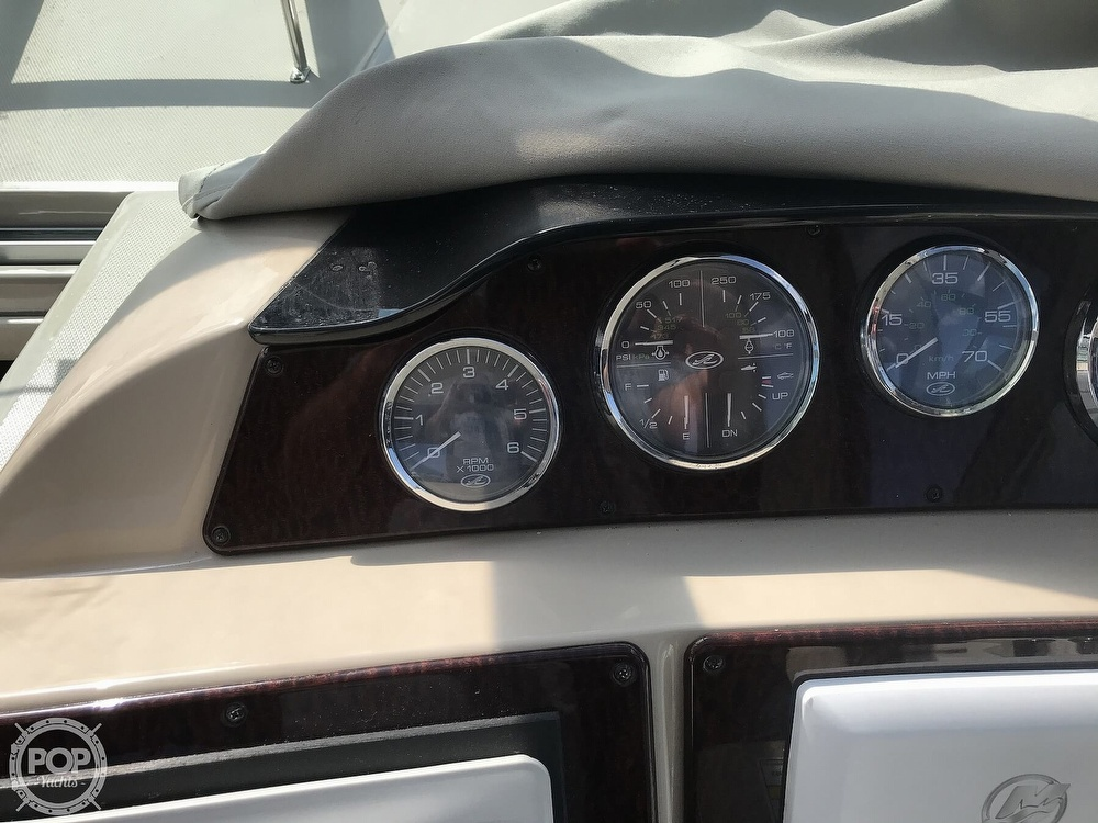 2009 Sea Ray boat for sale, model of the boat is 330 SUNDANCER & Image # 35 of 40