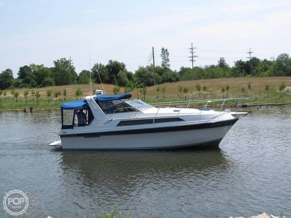 1989 Carver boat for sale, model of the boat is Montego 3257/DC & Image # 5 of 40