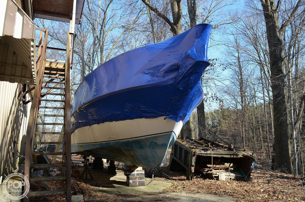 1989 Carver boat for sale, model of the boat is Montego 3257/DC & Image # 8 of 40