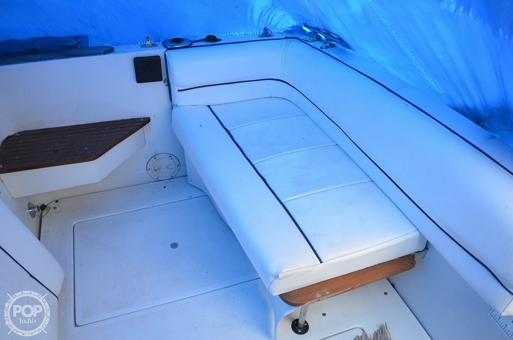 1989 Carver boat for sale, model of the boat is Montego 3257/DC & Image # 30 of 40