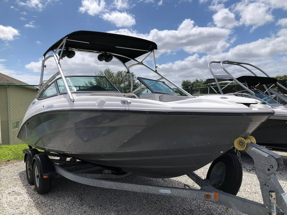2015 Yamaha boat for sale, model of the boat is AR210 & Image # 2 of 40
