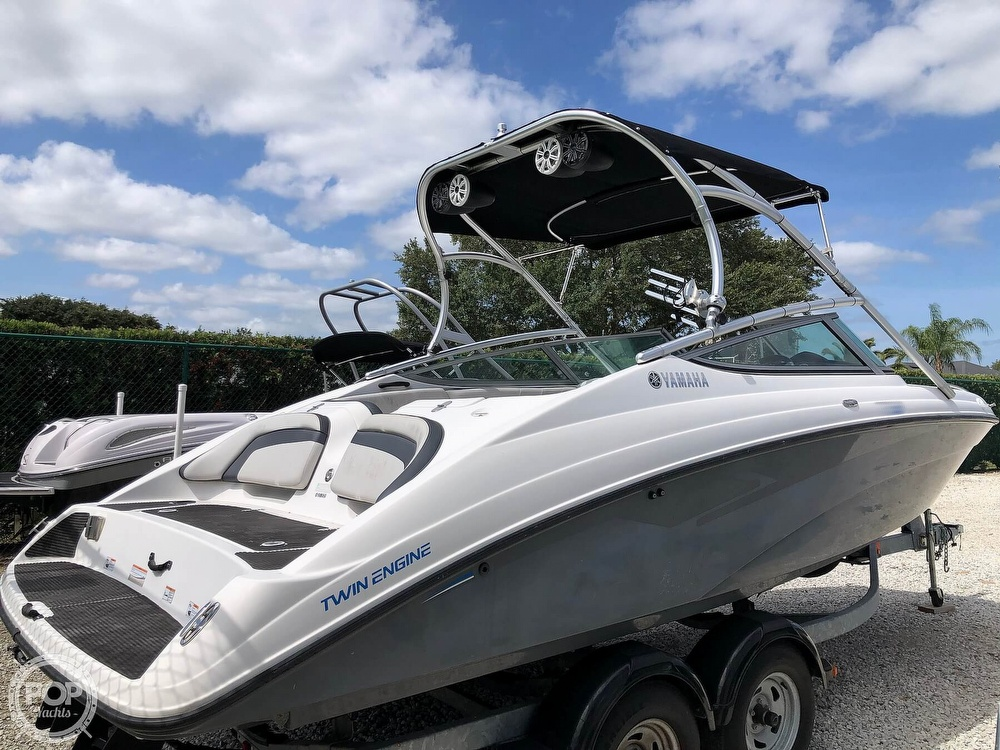 2015 Yamaha boat for sale, model of the boat is AR210 & Image # 3 of 40