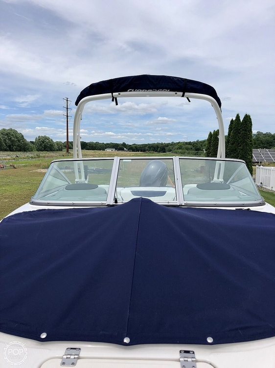 2018 Chaparral boat for sale, model of the boat is 21 H2O Sport & Image # 3 of 15