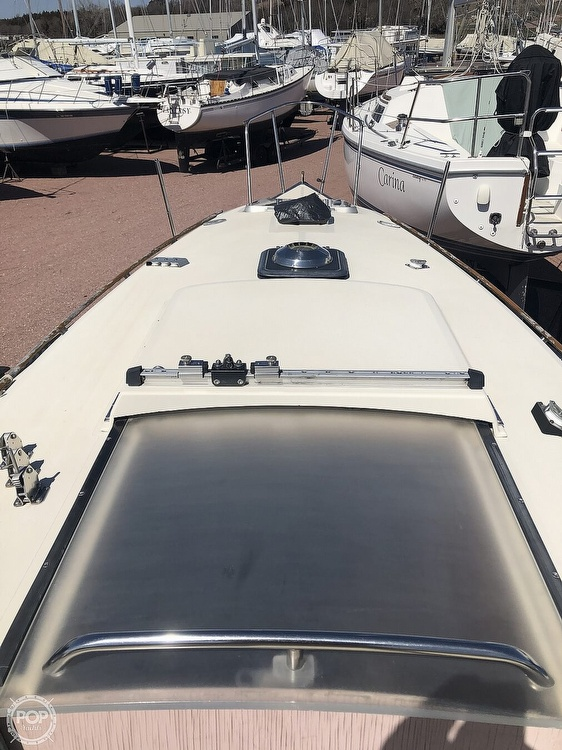 1982 S2 Yachts boat for sale, model of the boat is 7.3 & Image # 9 of 16