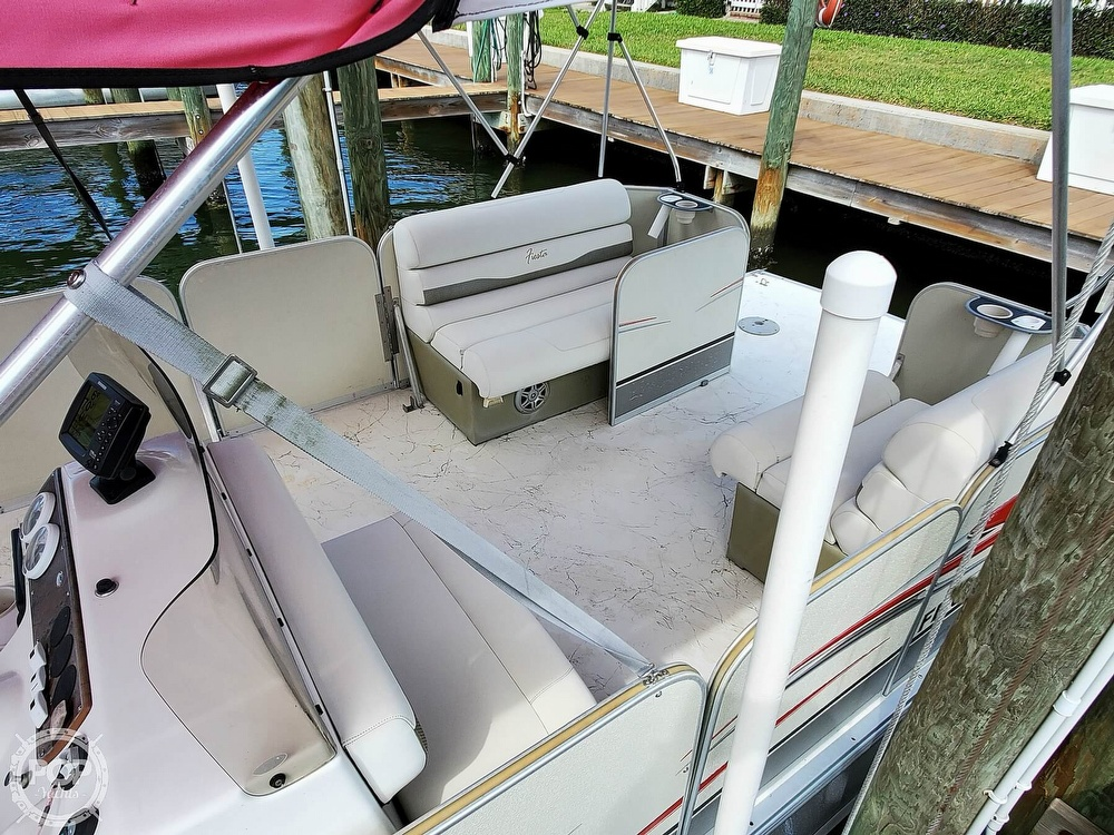 2012 Fiesta boat for sale, model of the boat is Family Fisher Carrera Sport 22 & Image # 6 of 40