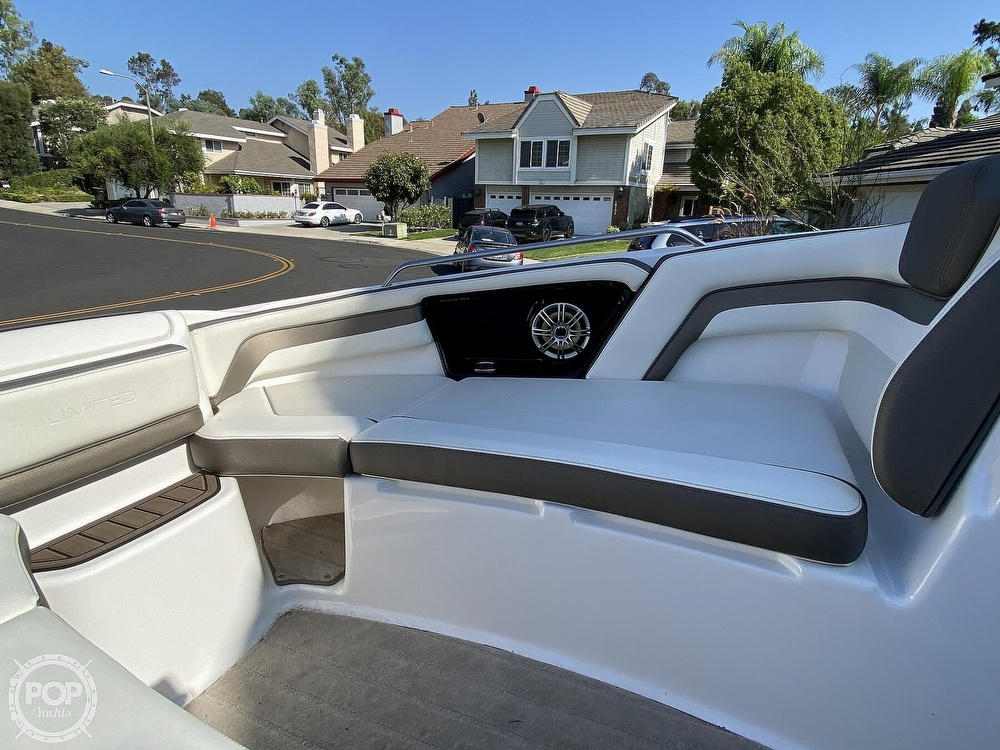 2015 Yamaha boat for sale, model of the boat is 242 Ltd S & Image # 30 of 40