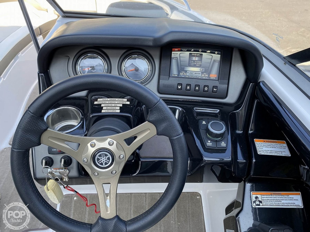 2015 Yamaha boat for sale, model of the boat is 242 Ltd S & Image # 9 of 40