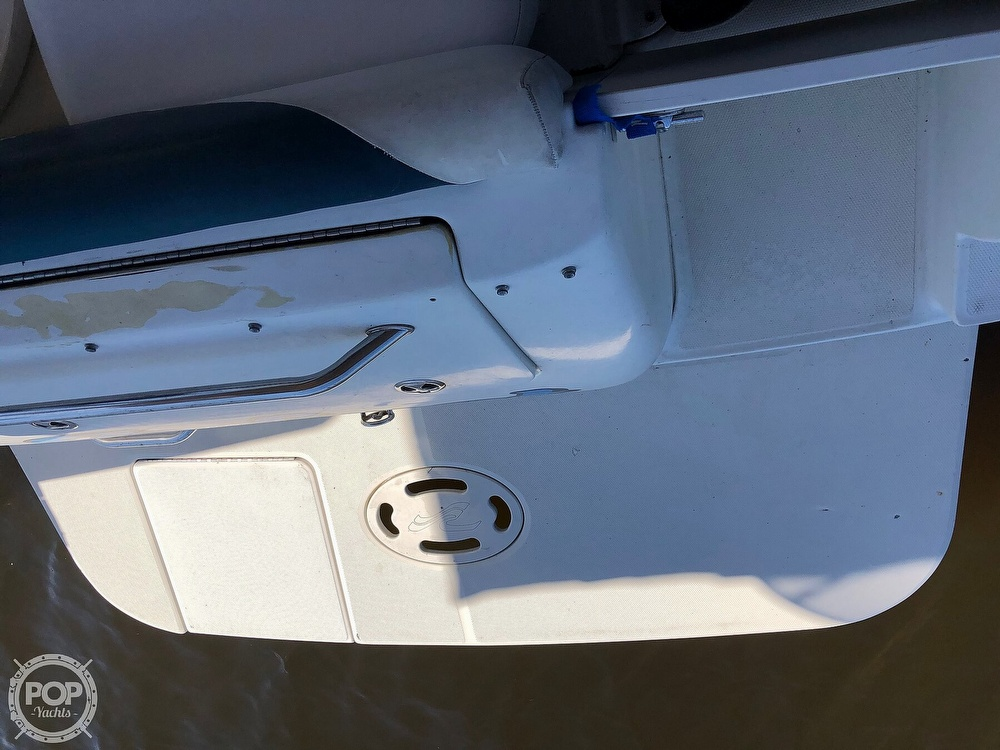 2001 Sea Ray boat for sale, model of the boat is 245 Weekender & Image # 2 of 41