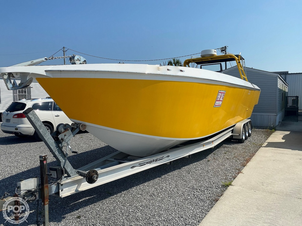2003 Team Persuasion boat for sale, model of the boat is 45CCF & Image # 17 of 40